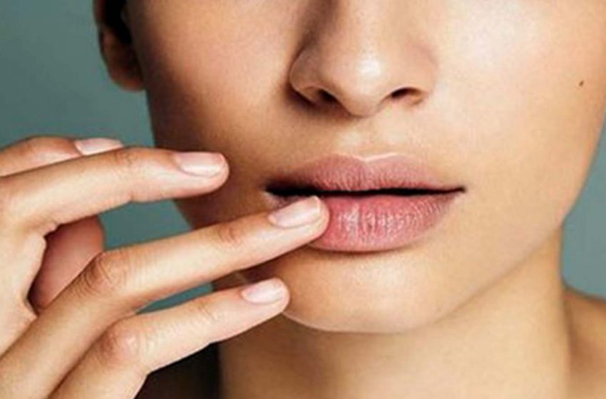 Agar Makin Pede, Begini Cara Menghilangkan Bibir Hitam